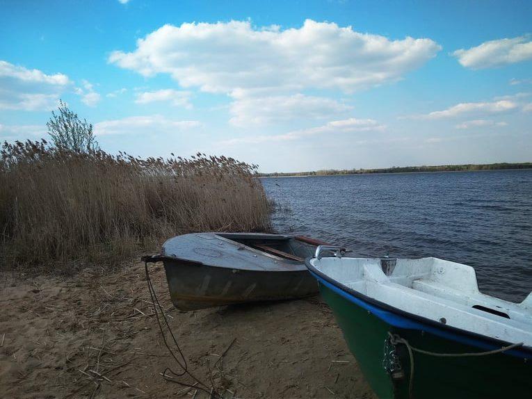 łodzie nad zalewem siemianówka